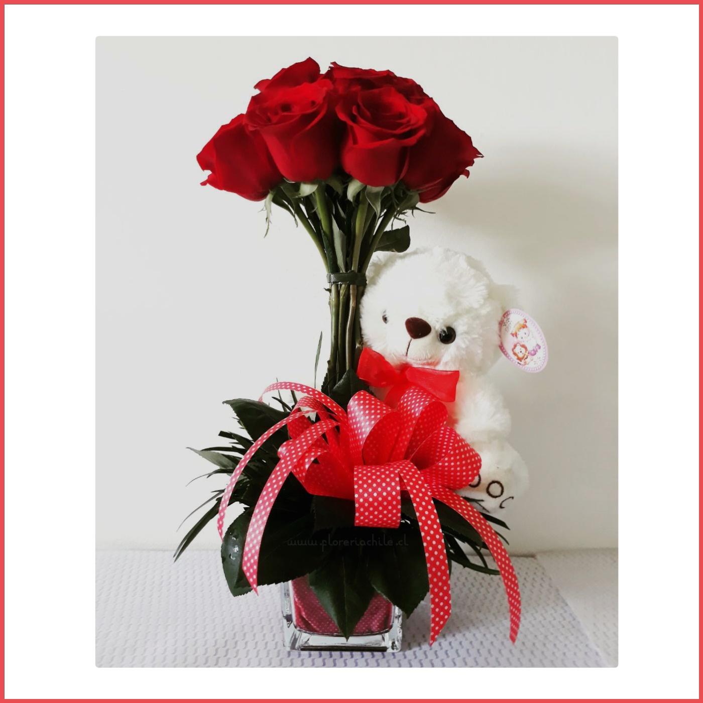 Arreglo Floral Con 12 Rosas Rojas Oso De Peluche
